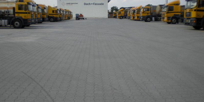 containerabstellplatzD91E14E6-607E-C1B6-B574-A308155EAC59.jpg