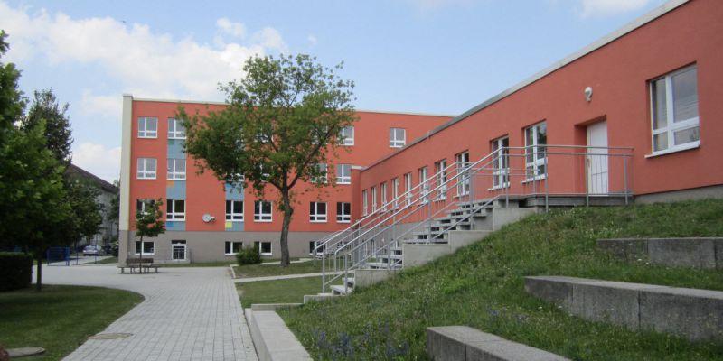 schule-57825F8DCC-8187-8737-0D5A-2F3D2A978EE3.jpg